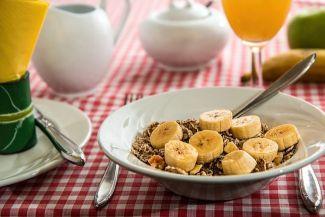 الفوائد الصحية لأكل الموز: 15 فائدة للموز وبعض الأضرار أيضاً