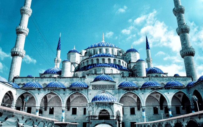 The most amazing mosques worldwide
