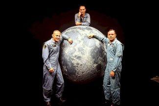 هل تعلم كم عدد البشر الذين مشوا على القمر؟ حقائق مبهرة وطرائف عن رحلات الإنسان للقمر