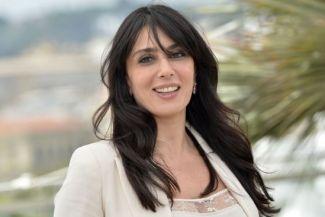 المرأة العربية تمهد الطريق للمستقبل: نماذج لنساء عربيات رائدات في مجالهن