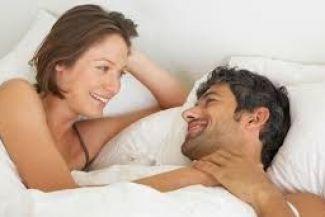 الأخطاء العشر التي يقع فيها الرجال والنساء في العلاقة الزوجية الحميمية