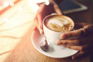 شرب القهوة قبل النوم لن يجعلك تسهر