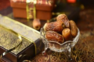 كيف نجعل شهر رمضان فرصة للأكل الصحي؟